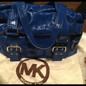 Authentic MK- comes with dustbag